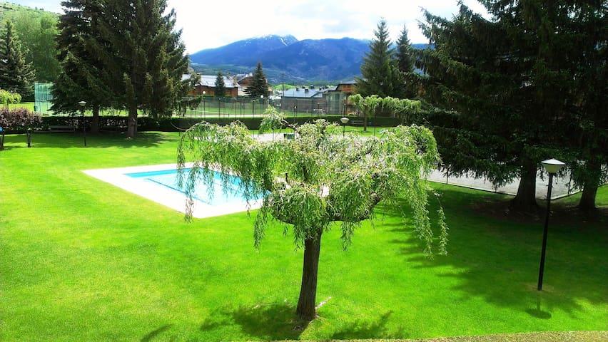 Atico Duplex  espacioso y soleado - Llívia - Byt
