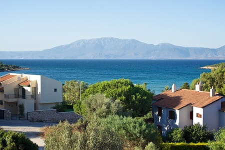 Peacefull Aegean Sea View Villa - Alaçatı