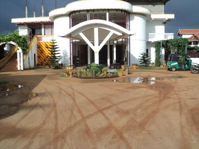 Hotel Ahash - Mannar