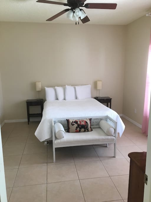Oct Special Lakefront Home 2 Bedroom 2 Bathroom Houses For Rent In Orlando Florida United