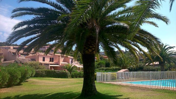 Corse : Maison rénovée dans résidence de charme
