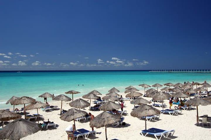 Playa del Carmen's  Best Location / Best Condo!!! - Playa del Carmen - Flat