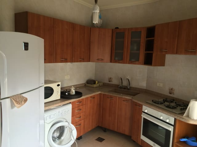 Hatem  Furnished Apartment - For Ladies Only.