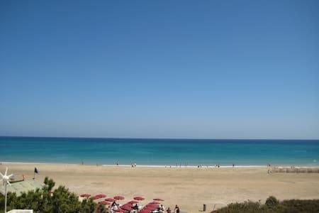 Beachfront Bungalow with Spectacular Views - Costa Calma