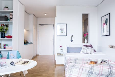 Business Single Apartment