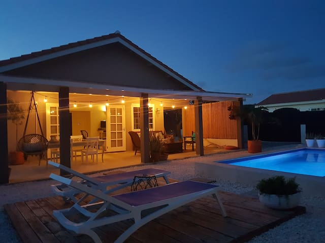 Cas Barbola, cosy, modern home with private pool - Oranjestad - Maison