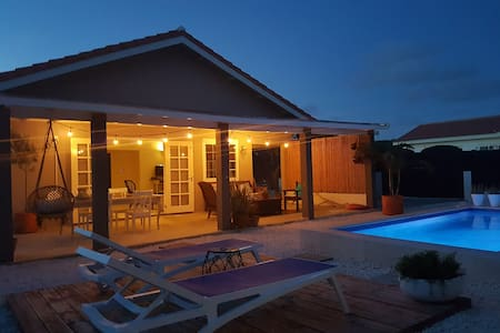 Cas Barbola, cosy, modern home with private pool - Oranjestad - 独立屋