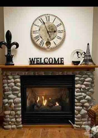 Cottage Fireplace/Heat source