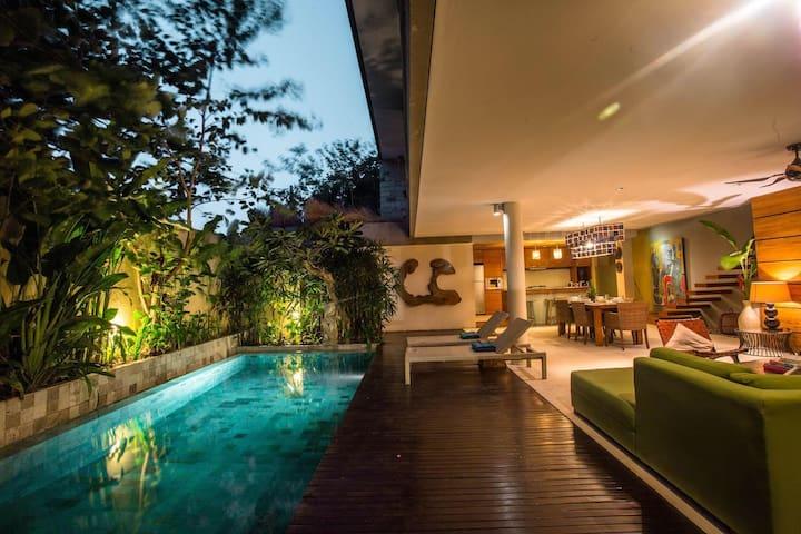 Villa Jedar - Beautiful 2 Bedrooms Villa With Pool