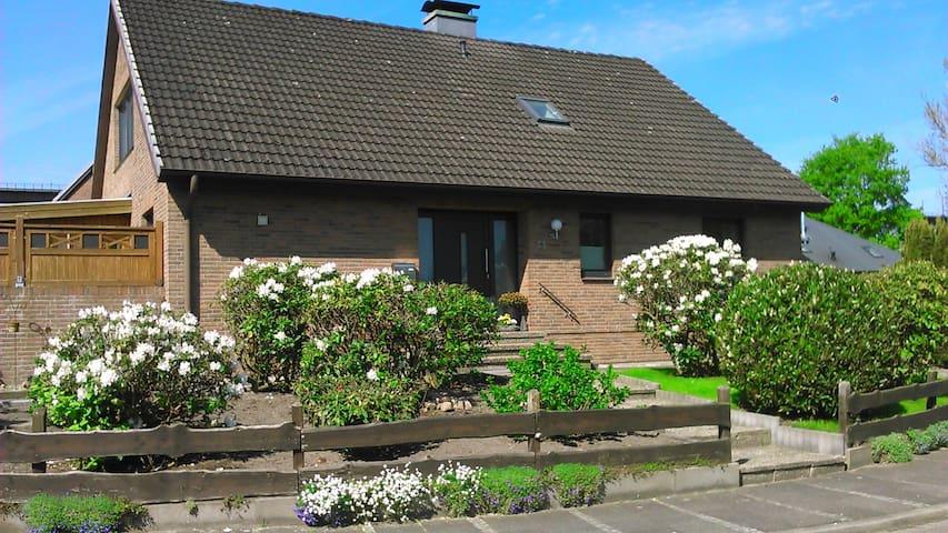 Haus Hansen - Osterrönfeld - Daire