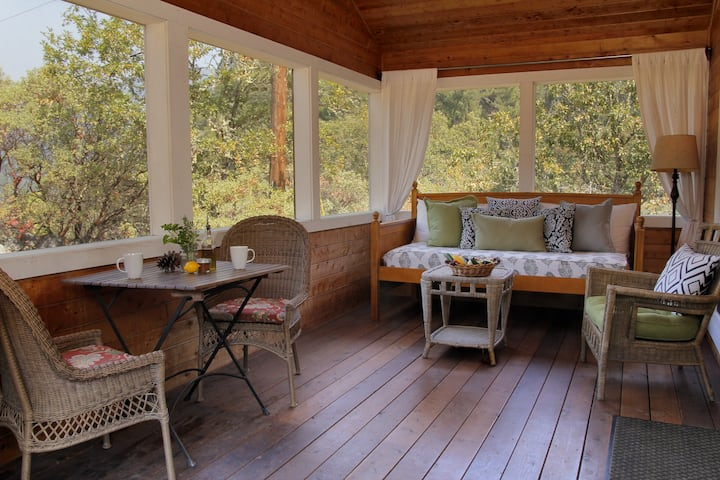 Promontory Cottage