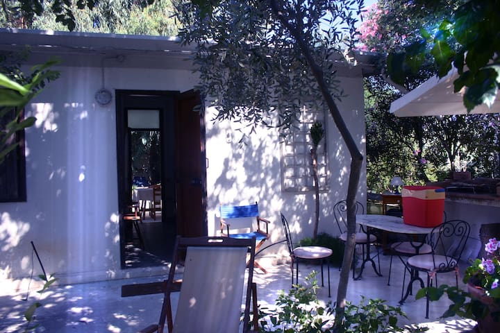 SARDINIA1 HOUSE4+GARDEN+PARKING+NEAR LARGE BEACH - La Caletta, Nuoro. - Talo