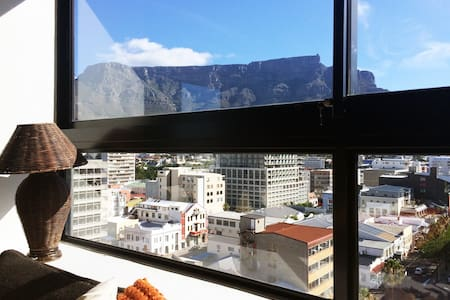 City Loft with Table Mountain views