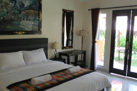 Nusa Penida Beach Front Hotel - Nusapenida