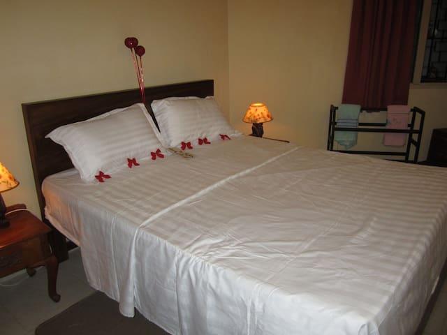 SHANESA NIVASA suite in Panadura -  Panadura        - Lägenhet