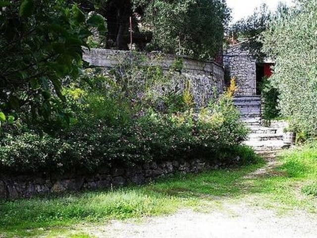 Kalivaki Stone Cottage With Sea And Mountain Views