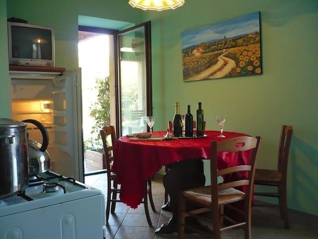 Appartamento Rosa  - Ortezzano - Pis