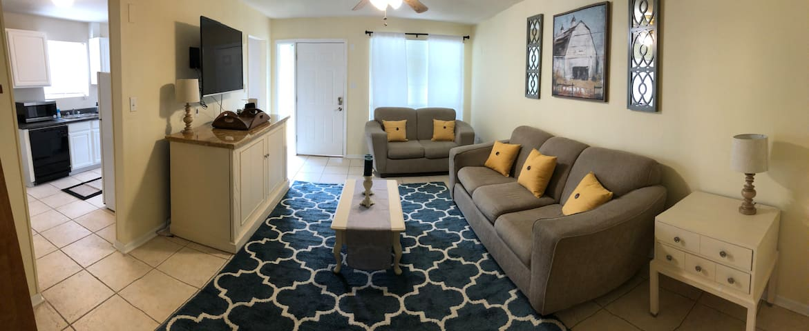 3 bed/2 bath home in Lakeview (near City Park)