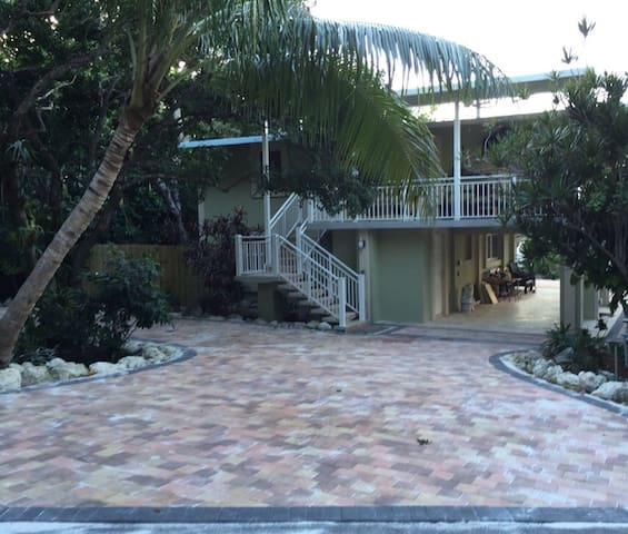 Superhost In Islamorada- A Tropical Paradise -