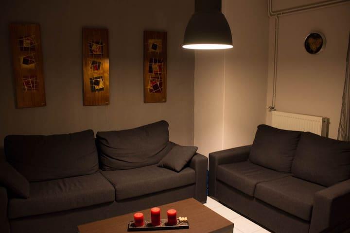 Two flour apartment, best location! - Tessalônica - Apartamento