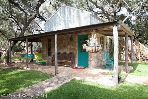 Casita ~ Hill Country Cottage