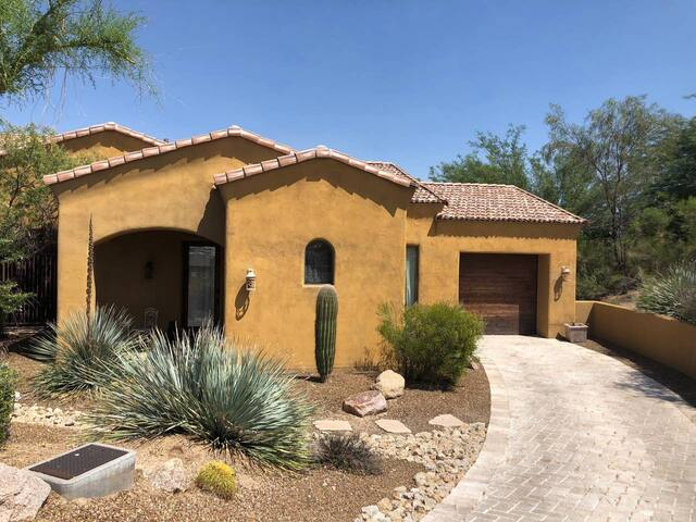 Nice Casita in Scottsdale, Gated Golf Oasis, Troon