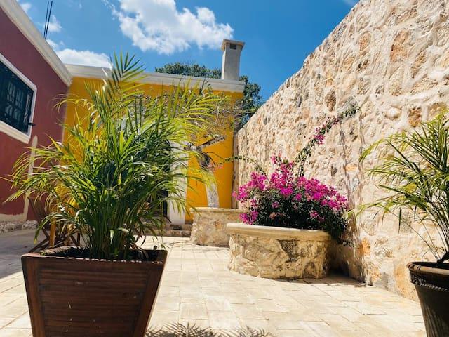 Hacienda Béek: una villa en Valladolid -Chichimila