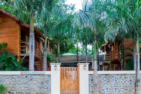 Beach Bungalows    Bungalow #4 of 4