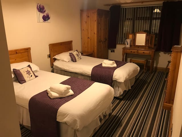 Twin Room in the heart of Ripon