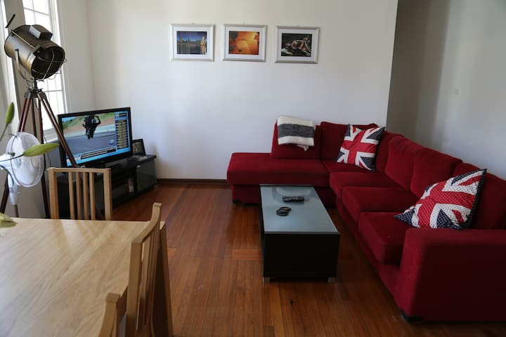 2 bed apartment close to beach.  - Coogee - Wohnung