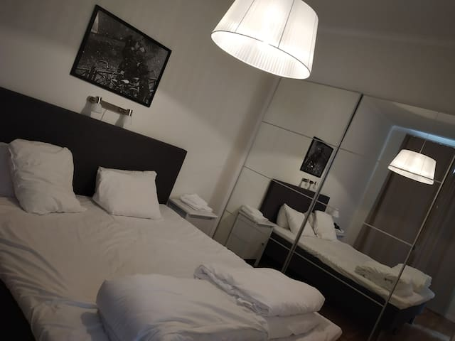 Private Bedroom, A single Bed can be put here additionally