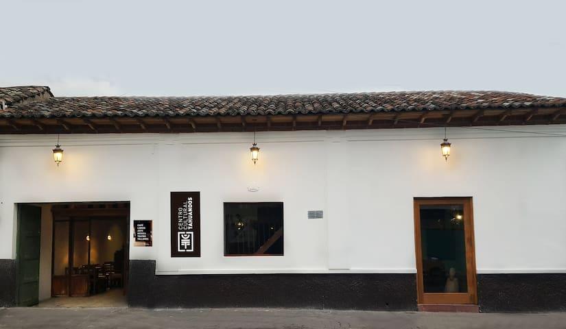 Habitación-estudio  en el Centro Histórico (1)