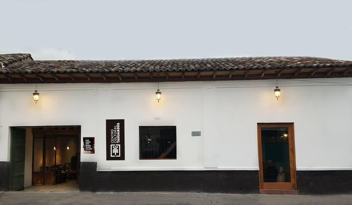 Casa centro histórico (C. Cultural Tahuandos)1