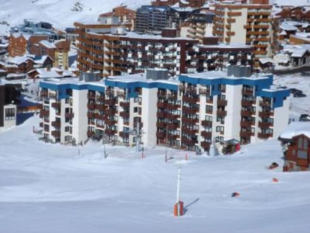 OLYMPIC Studio 2 pers. skis aux pieds Val Thorens