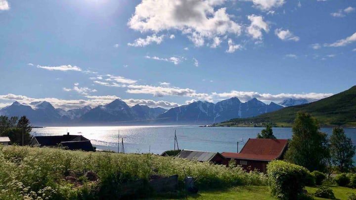 House by the sea, in the heart of Nord-Troms.