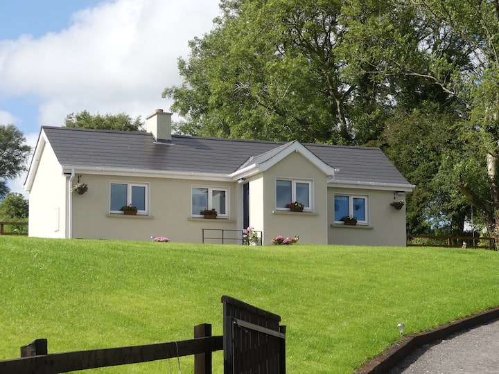 Relax at Windy Valley Cottage. €85Private cottage.