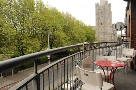 Perfect City Centre Apartment - Dublin 8 - Leilighet