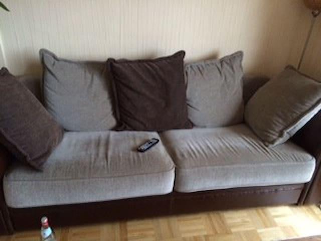 Couch in schöner Wohnung - Rosendahl - Appartement