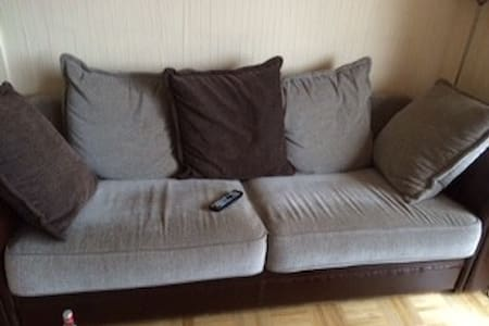 Couch in schöner Wohnung - Rosendahl - Apartemen