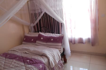 clean comfortable private  room  - Nairobi