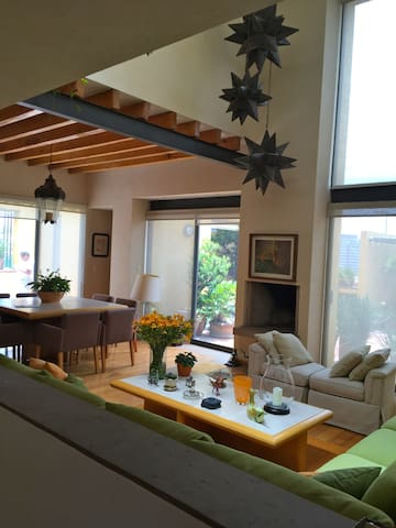 Great place, Mexico City ,close to HospitalAngeles - Mexiko-Stadt - Haus
