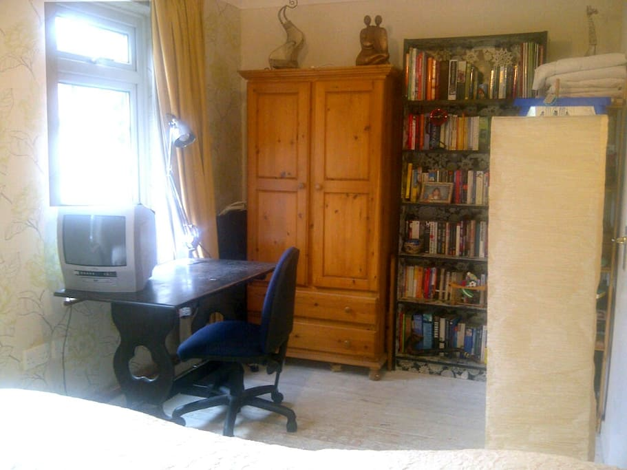 Writing desk and wardrobe