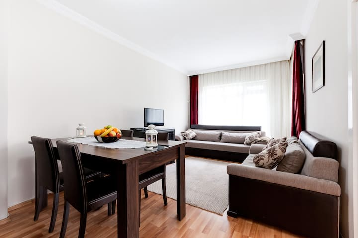 3bd@balcony-Kizilay, Embassies, Tunali &Hospitals - Ankara - Appartement