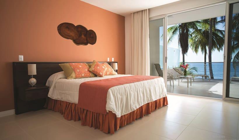 Tango Mar Deluxe BeachFront Room