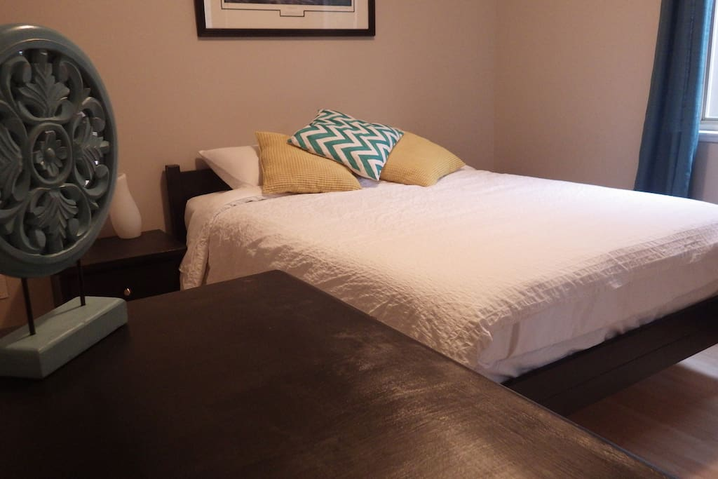 The master bedroom - with foam mattress with memory foam topper.