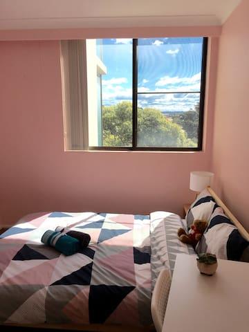 Sydney Burwood B&B, Clean 、Warm& Convenient - Burwood