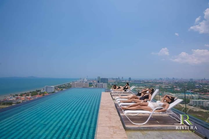 Modern Lux - 1BR on 39th FLOOR with Infinity POOL