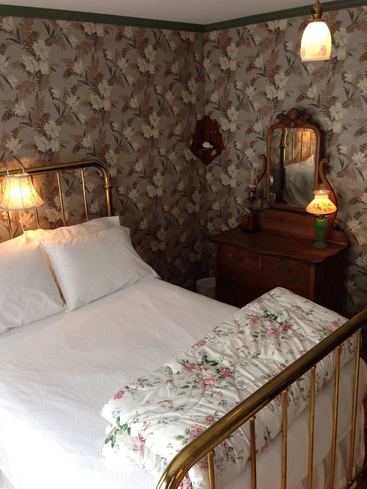 The Monadnock Room; a tribute to our favorite New Hampshire inn.
