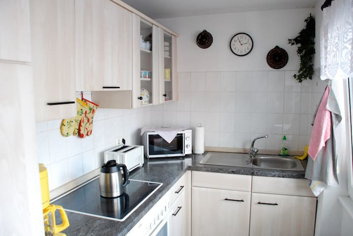 cozy and bright 2 Roomapartement - Leverkusen