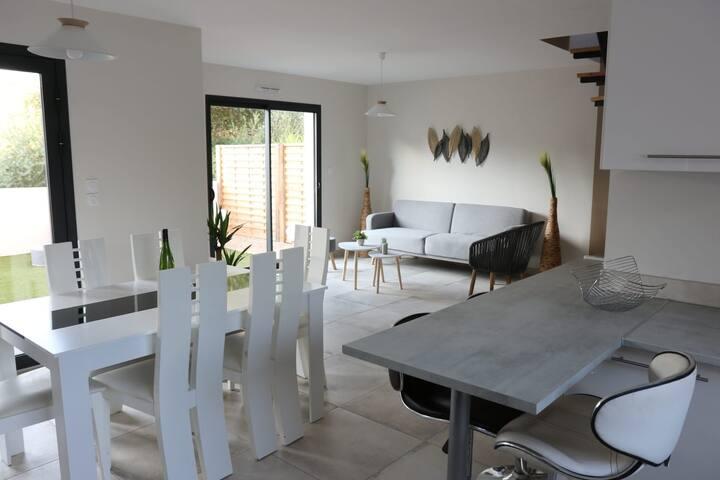 Nouveauté - Villa avec Jacuzzi à Bouzigues